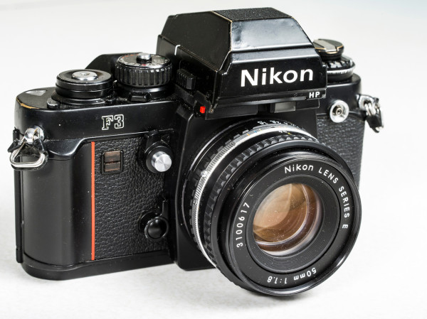 Nikon_F3_with_HP_viewfinder