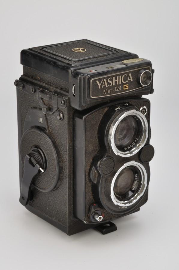 YASHICA_Mat-124_G_7745