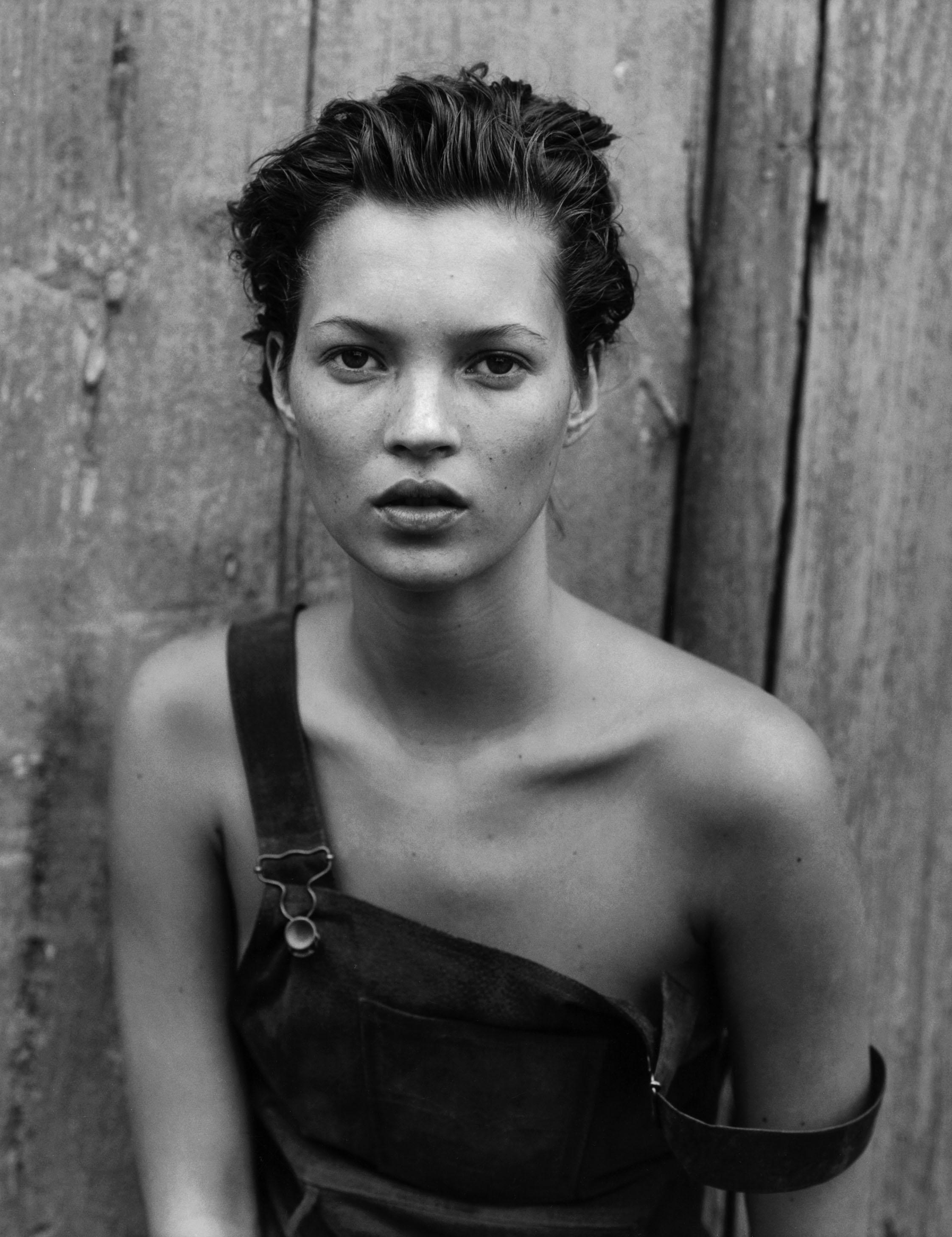 Kate Moss Is The Queen Of Cool On 37th Vogue Uk Cover: 8 Week Portrait Class: Four; Peter Lindbergh